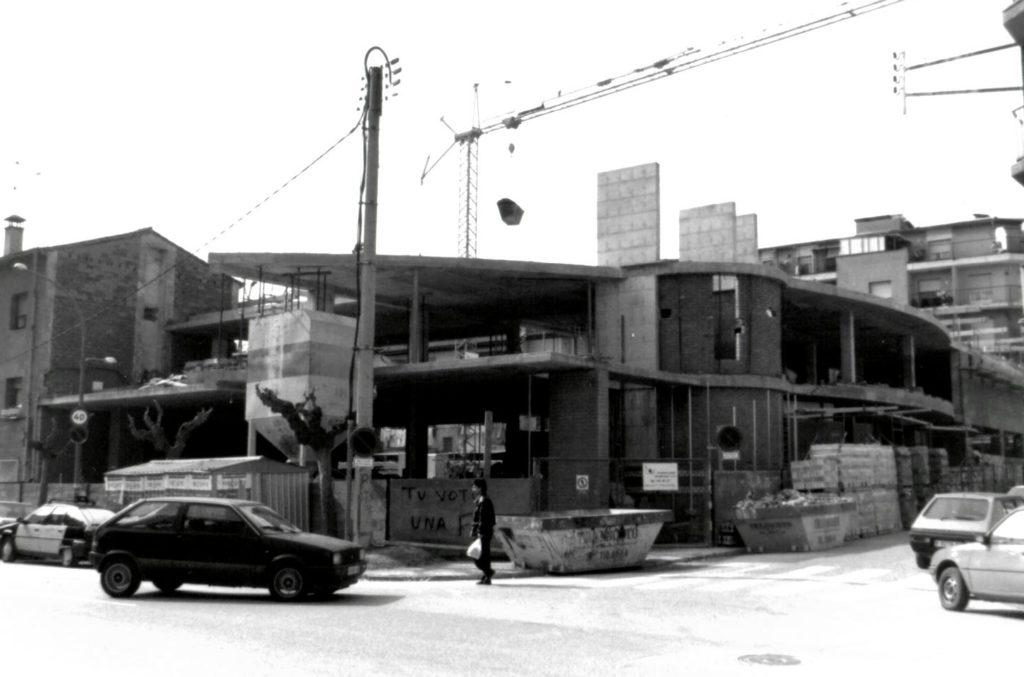 Obres del Casal d'Avis de la Llagosta, l'any 1992.