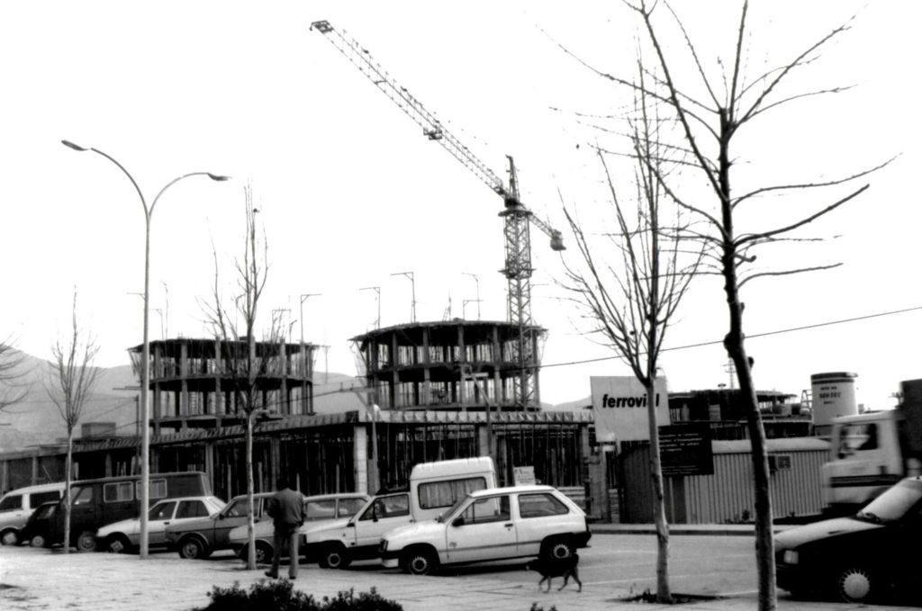 Obres de l'institut d'ensenyament secundari Marina, de la Llagosta, l'any 1992.