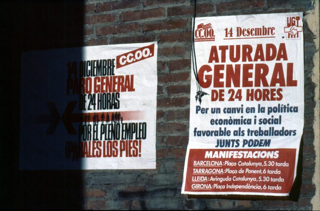 Cartells de la vaga general de 1988 a la Llagosta.